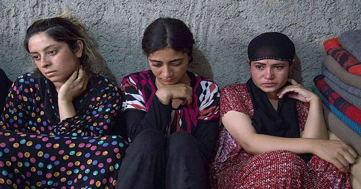 কঠিন লড়াই করে বেঁচে ইরাকের নারীরা/The News বাংলা